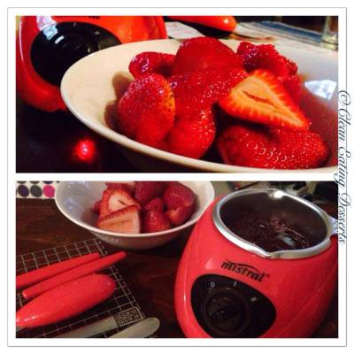 Cacao Fondue with Fresh Strawberries