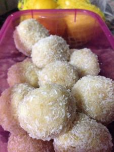 Raw Vegan Gluten Free Lemon Truffles