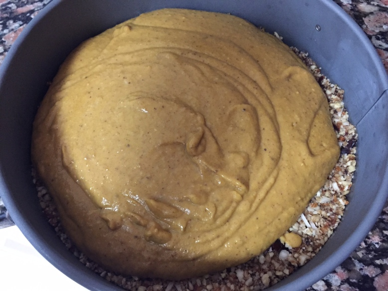 Vegan Pumpkin Pie Cheesecake - layers